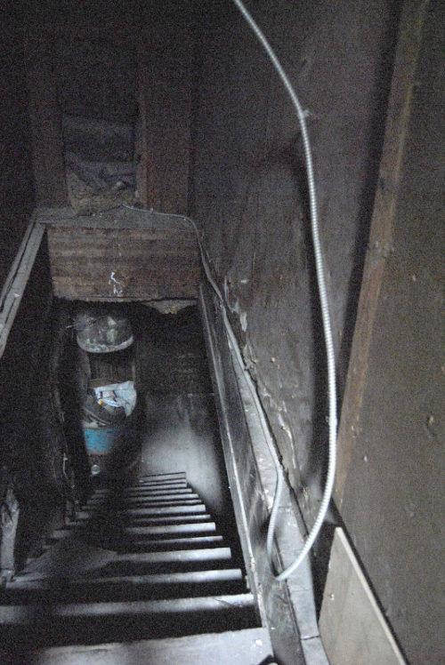 numero-156_escalier-lugubre